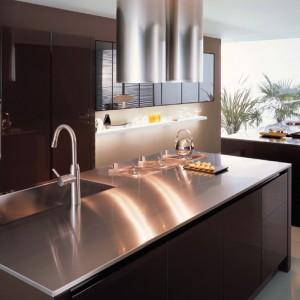 KDBS02: Kính dán bếp cao cấp